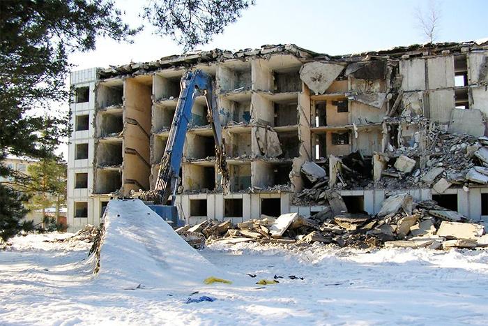 Снос многоэтажных домов в пос. Эмари