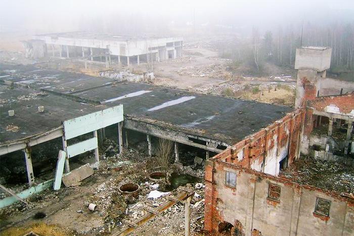 Частичный снос проиводственных зданий в пос. Кохтла-Нымме