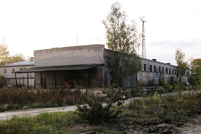 Снос складских зданий бывшего мебельного комбината ТФМК